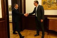Hakan Fidan (l) und Aleksandar Vucic (r)