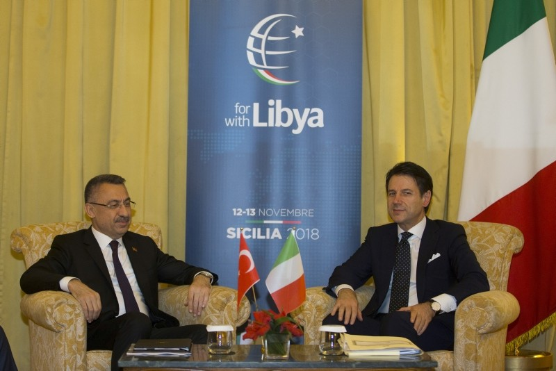 Vice President Fuat Oktay, left, during a meeting with Italy's Prime Minister Giuseppe Conte in Palermo, Italy, Nov. 13, 2018. (AA Photo)