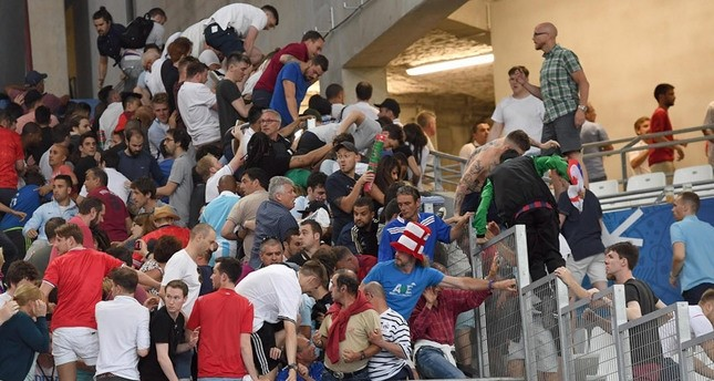 من جديد.. الاتحاد الأوروبي لكرة القدم بصدد فرض عقوبات على روسيا بسبب الشغب