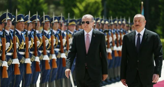 باكو.. الرئيس الأذربيجاني يستقبل أردوغان بمراسم رسمية
