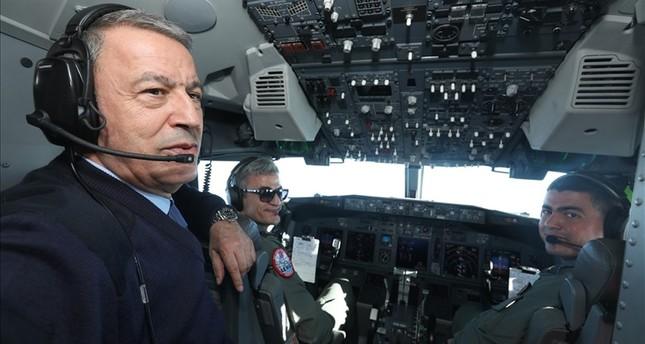 قادة الجيش التركي يراقبون مناورات الوطن الأزرق 2019 من الجو