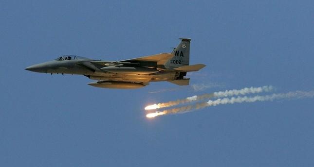 قصف أمريكي على مواقع لقوات الأسد بدير الزور يوقع قتلى موالين للنظام