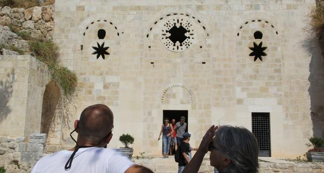 إحدى أقدم كنائس العالم.. مغارة القديس بطرس بأنطاكية تشهد إقبالاً كبيراً