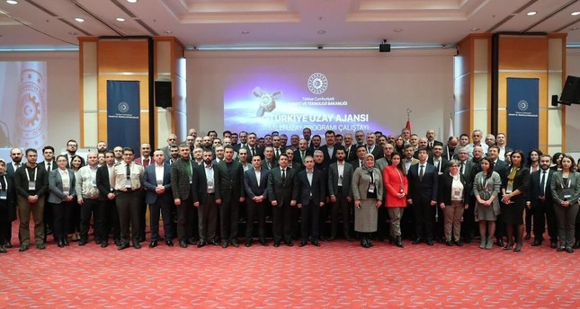 Top Turkish scientists gather to discuss country's Space Agency