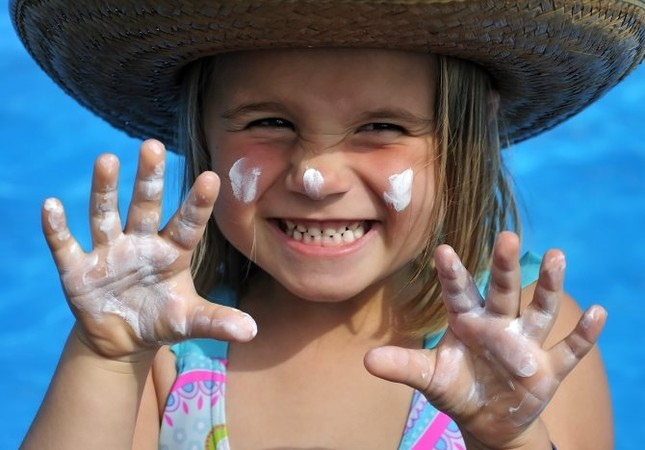Sunscreen should be put on at least 30 minutes before going out in the sun.