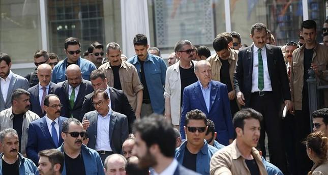 أردوغان يصلي الجمعة في إسطنبول برفقة السياسي الماليزي أنور ابراهيم