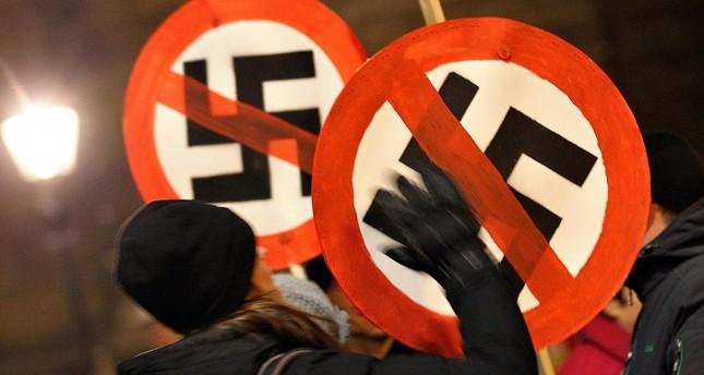 Nazi-Terror in Mönchengladbach – 2 Türken mit Messern und Flaschen angegriffen