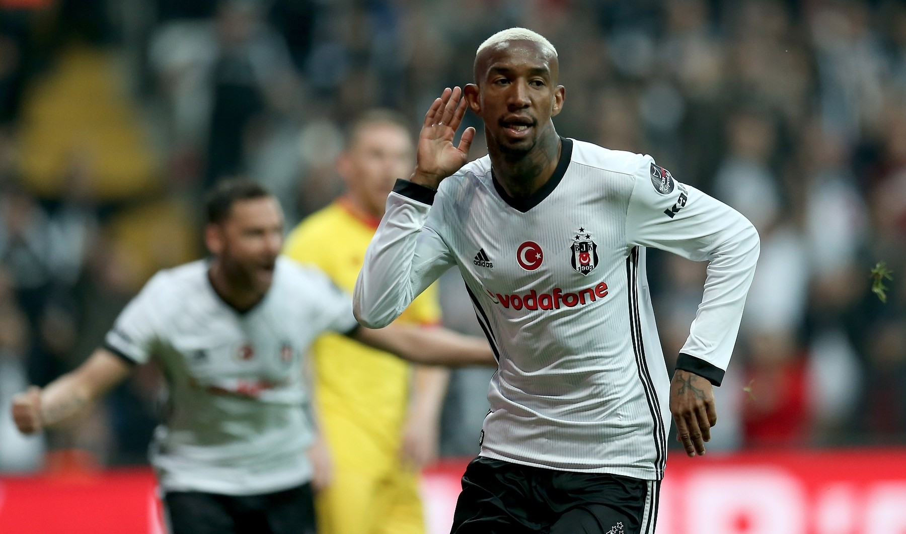 Talisca scored 12 goals as of 28th week of the Spor Toto Super League.
