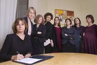 Sweden's 'feminist gov't' trolls Trump with all-women photo
