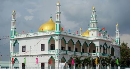 IHH eröffnet bisher größte Moschee in Vietnam