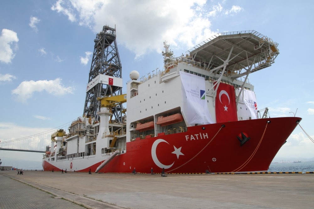 Turkey's first drilling vessel Fatih will start drilling operations before the year's end.