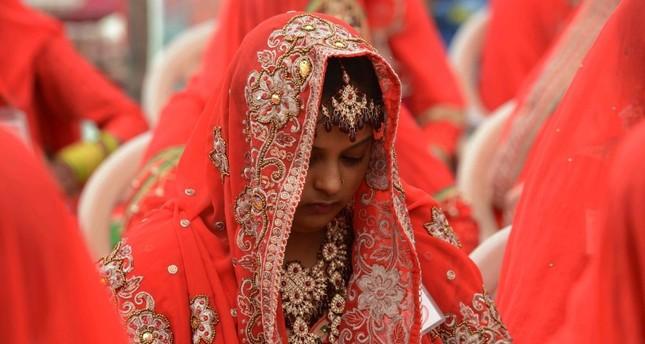 India cash ban slims down big fat weddings