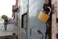 Iraqi parliament bans alcohol sales, production, imports