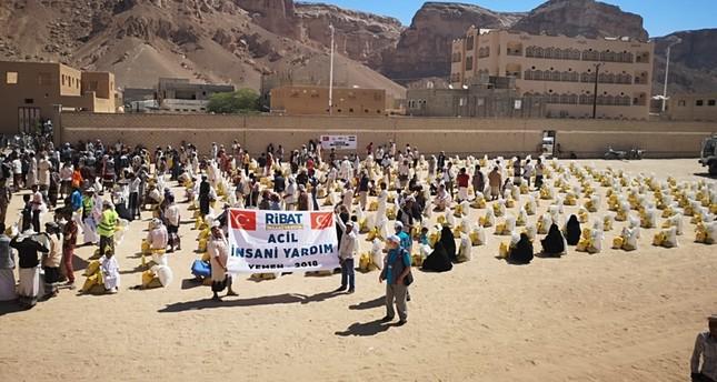 جمعية تركية ترسل 5 آلاف سلة غذائية إلى اليمن