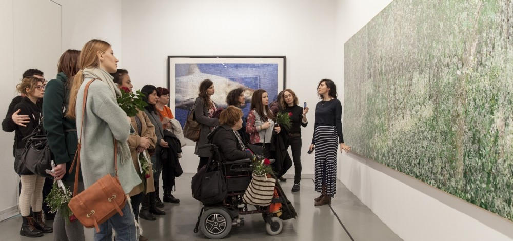 On Motheru2019s Day, mothers can visit the guided exhibition at Istanbul Modern.