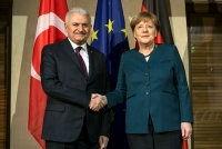 Bundeskanzlerin Angela Merkel und der türkische Ministerpräsident Binali Yıldırım trafen sich am Rande der 53. Münchner Sicherheitskonferenz am Samstagmorgen zum Frühstück.  Bei dem bilateralen...