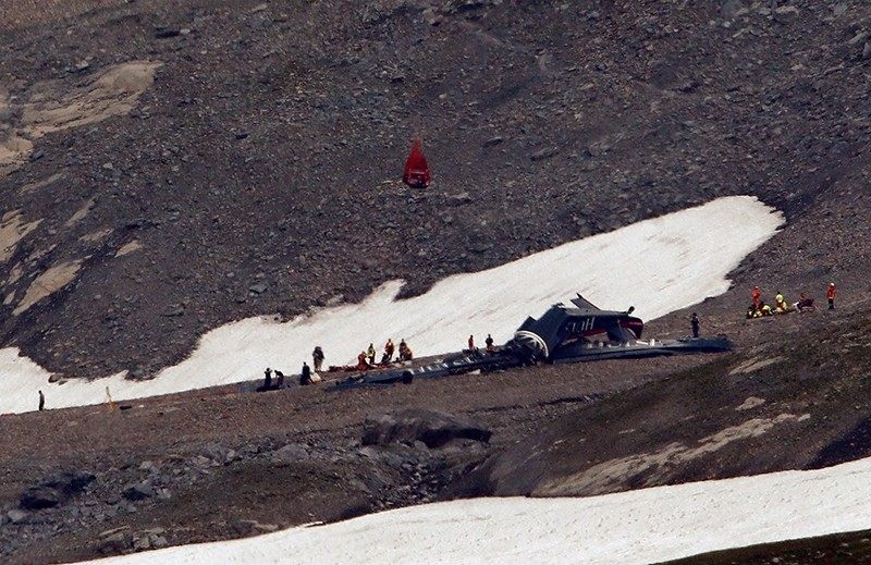 A general view of the accident site of a Junkers Ju-52 airplane of the local airline JU-AIR, in 2,450 meters (8,038 feet) above sea level near the mountain resort of Flims, Switzerland August 5, 2018. (Reuters Photo)