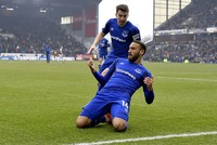 Cenk Tosun's first Premier League goal not enough for Everton to break away game spell