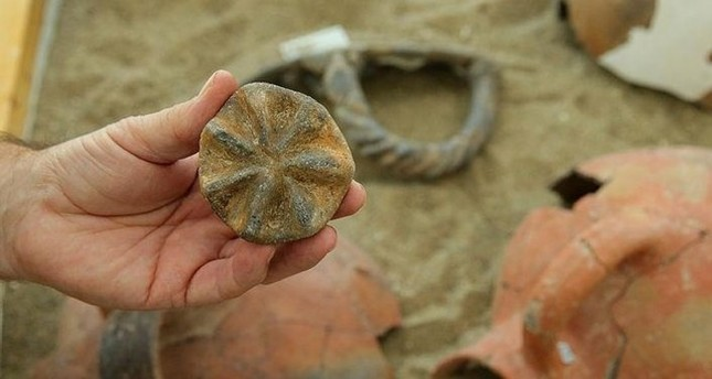 8,000-year-old sun seal discovered in excavations in Aegean province of Izmir
