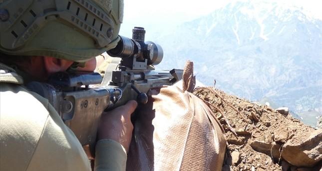 القوات التركية تحيد 5 إرهابيين شمال العراق في إطار عملية المخلب
