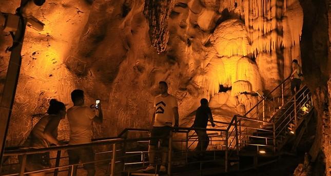 بعد 8 آلاف عام.. مغارة إنجيلرلين جنوب غربي تركيا تستقبل البشرية مجدداً