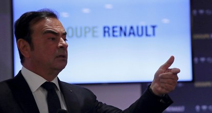 Renault will stay in Iran despite US sanctions, CEO says