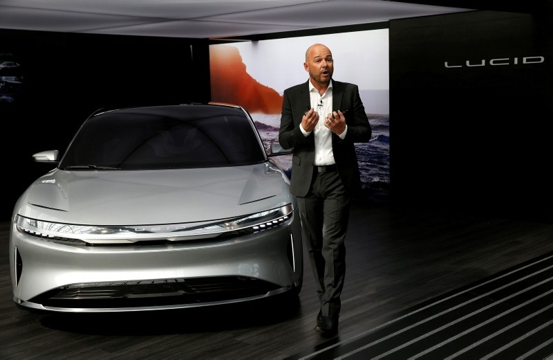 Derek Jenkins, VP of Design at Lucid Motors, introduces the alpha prototype of the Lucid Air at the 2017 New York International Auto Show in New York City, U.S. April 13, 2017. (Reuters Photo)