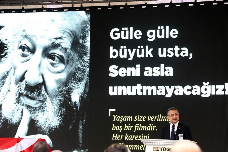 Vice President Fuat Oktay speaks at Güler's memorial service at Galatasaray Square.