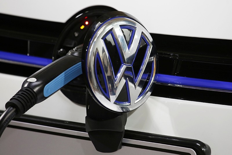 A Volkswagen Golf GTE is being charged during a workshop prior to Auto Guangzhou, Guangzhou, China, Nov. 16, 2017. (Reuters Photo)