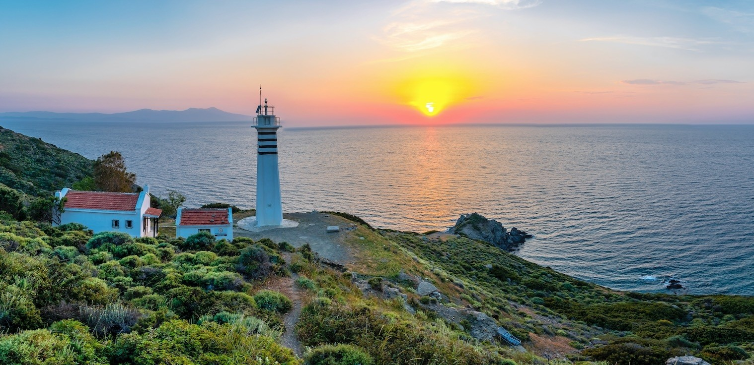 Located on the edge of the Gulf of u0130zmir, the Karaburun Peninsula certainly deserves more attention than it currently receives as a holiday destination.