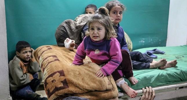 أطفال أصيبوا في هجمات النظام السوري على الغوطة