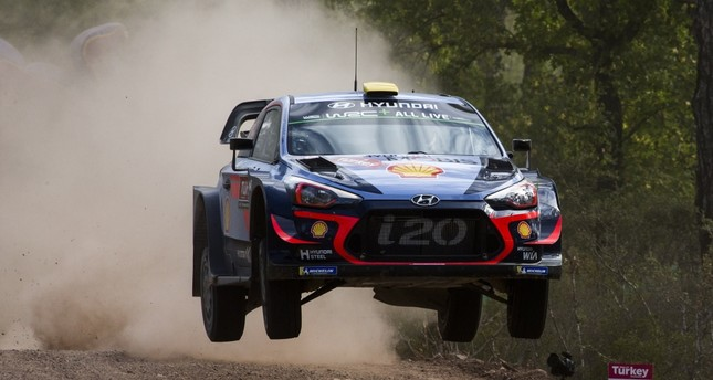 Andreas Mikkelsen won Thursday night's curtain-raising speed test in the 10th round.