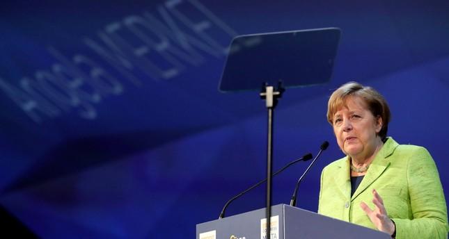 Merkel urges EU to share Turkey's refugee burden