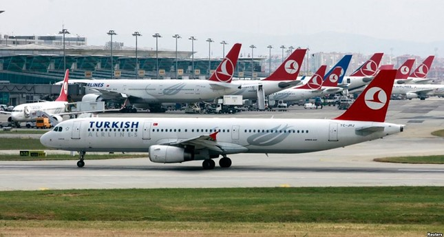 Hasil gambar untuk afghani pilot refused deportation from uk turkish airlines