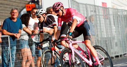 Britain's Froome claims historic Giro victory