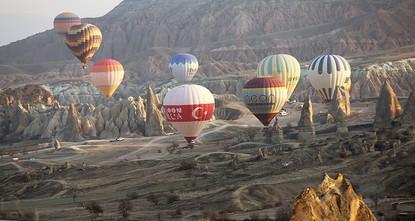 أعلنت الجمعية التركية للطيران البهلواني أمس أن الدورة الخامسة لألعاب الهواء الدولية أو بطولة العالم للرياضات الجوية (World Air Games) ستجري في تركيا.  وكانت تركيا ضمن المرشحين السبعة لاستضافة...