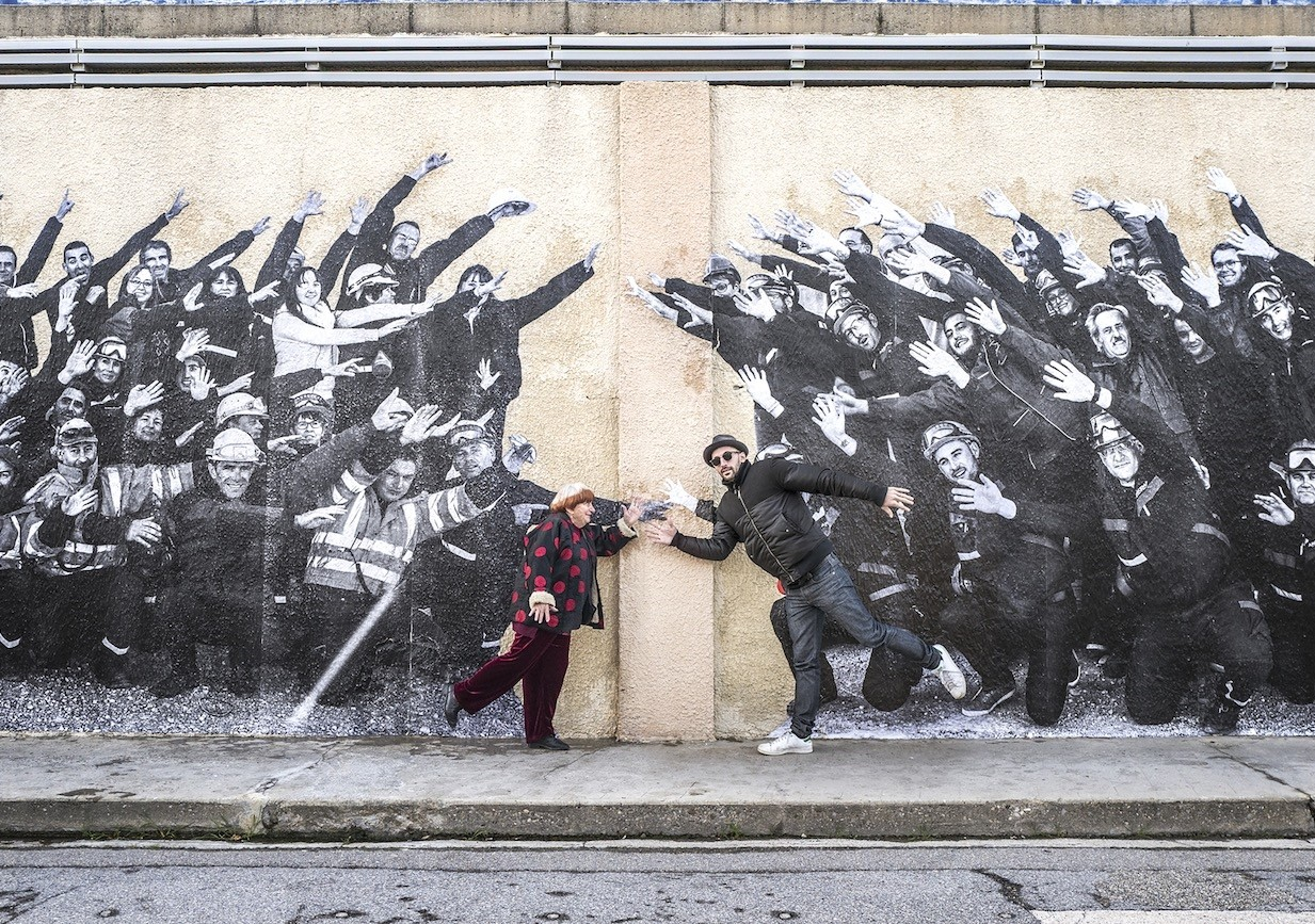 Istanbul Modern Cinema will screen u201cFaces Placesu201d by French director Agnes Varda in collaboration with street artists and photographer JR for women on International Womenu2019s Day.