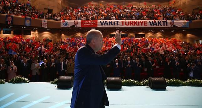 أردوغان: الوطنية تقتضي رفع مستوى الدخل القومي للبلاد