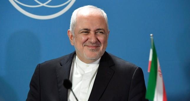 إيران تعلن عن زيارة لظريف إلى فرنسا الجمعة ولقائه ماكرون