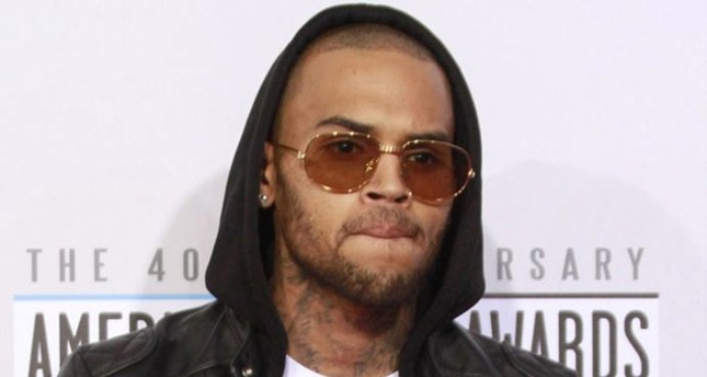 Singer Chris Brown arrested in Paris on rape charges