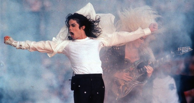 This Feb. 1, 1993 file photo shows Pop superstar Michael Jackson performing during the halftime show at the Super Bowl in Pasadena, Calif. (AP Photo)