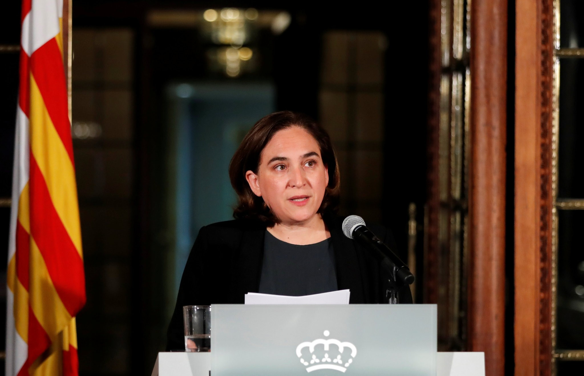 Ada Colau, the Mayor of Barcelona, issues a statement in Barcelona, Spain, October 9, 2017. (REUTERS Photo)