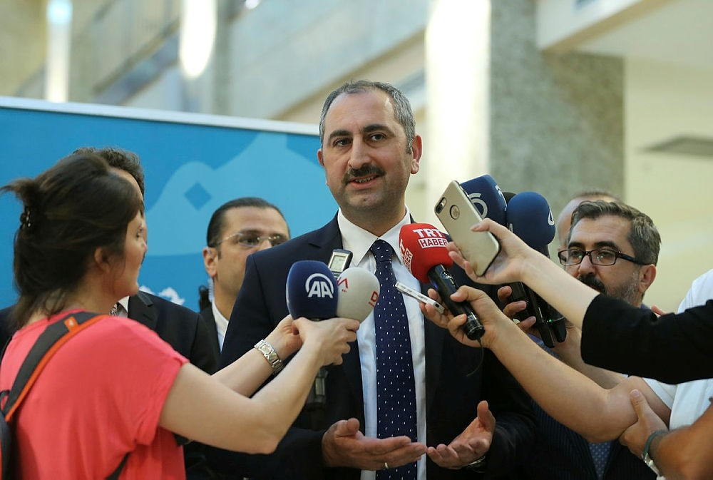 Justice Minister Abdulhamit Gu00fcl speaks to reporters after attending the court year opening day ceremony in Istanbul, on Friday, September 9, 2017. (AA Photo)