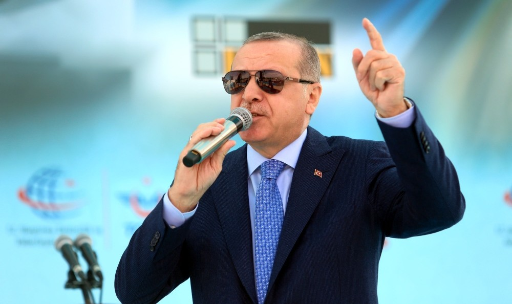 President Erdou011fan said yesterday that due to global powers' desire to show power, the Syrian war has turned into a larger security threat.
