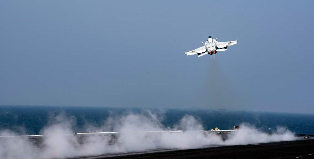 A U.S. F/A-18E Super Hornet shot down a Syrian regime jet on June 18, after it dropped bombs on U.S.-backed SDF militants fighting Daesh in northern Syria. It is the first time a U.S. jet has shot down a manned jet fighter in more than a decade.