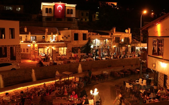 Sille draws visitors especially at nights with historical buildings decorated with lights.