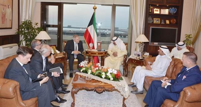 هل تقود الجهود الأمريكية الكويتية إلى حل للأزمة الخليجية؟