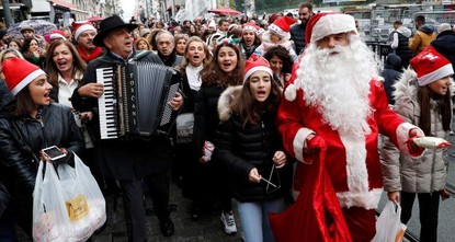 Turkey's Greek community marks Christmas Eve with parade