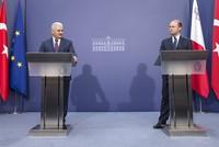 Ministerpräsident Binali Yıldırım erklärte am Freitag während eines Malta-Besuchs, dass die Türkei stärkere Beziehungen mit der Europäischen Union erwarte.  In einer gemeinsamen Pressekonferenz...