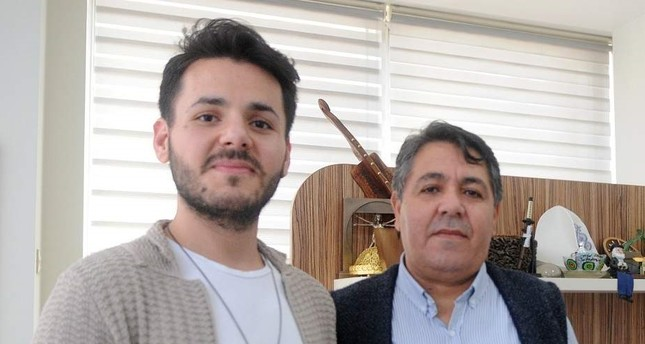 Opera singer Mazlum Doğan (L) gave three-quarters of his liver to his father Ali Doğan (R), risking his singing voice. (AA Photo)